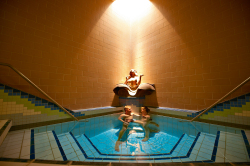Rottal Terme - Becken in der Thermenwelt